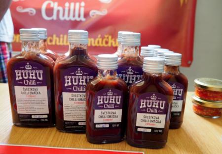 HUHU chilli švestková chilli omáčka 200ml